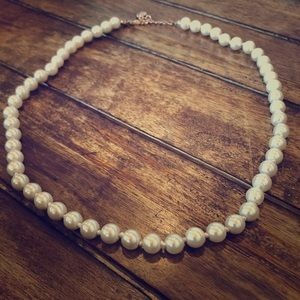 Icing White Glass Pearl Necklace